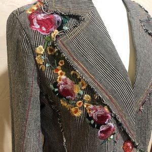 Embroidered floral plaid Paparazzi jacket NWOT